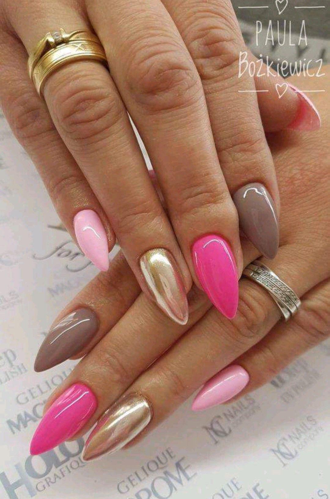 Pin By Pavla Spakova On Beauty Barevne Nehty Gelove Nehty Design Nehtu