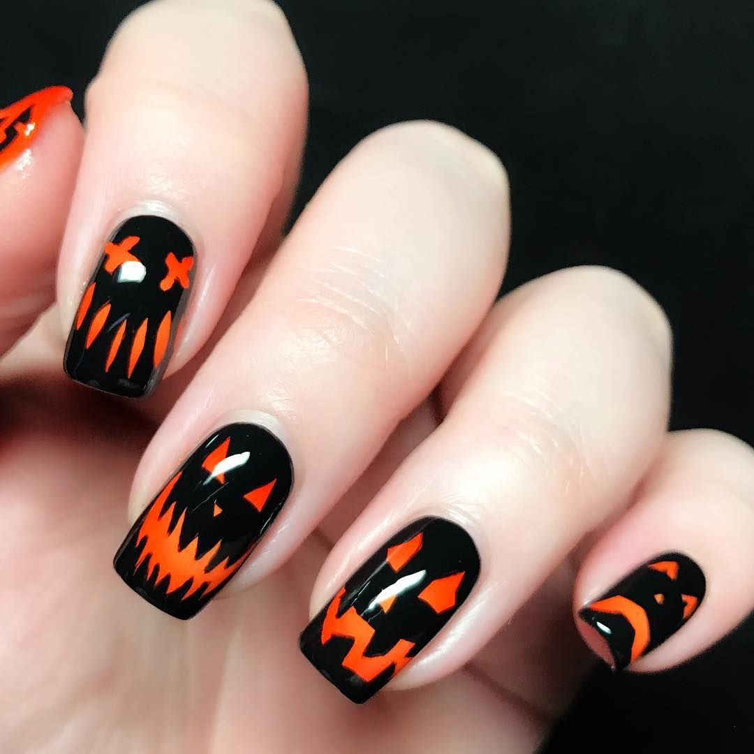 Halloween Nail Art That Will Pair Perfectly With Your Costume Nehty