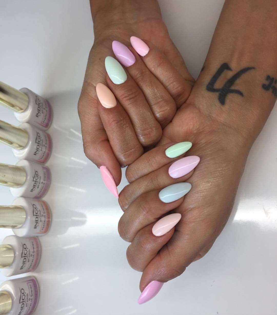 Pin By Sara Maturova On Nails Pastelove Nehty Gelove Nehty Design Nehtu