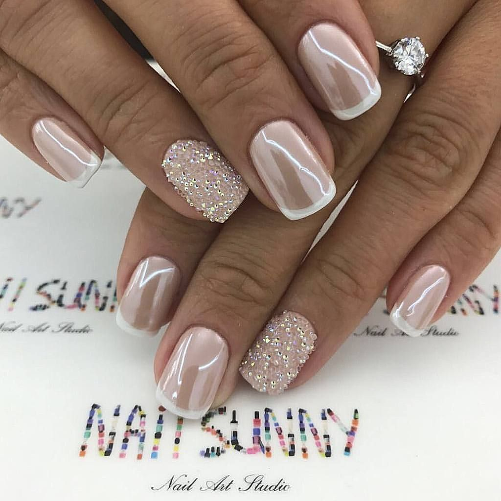 Pin By Jarmila Novotna On Nails Zlate Nehty Gelove Nehty Ombre Nehty