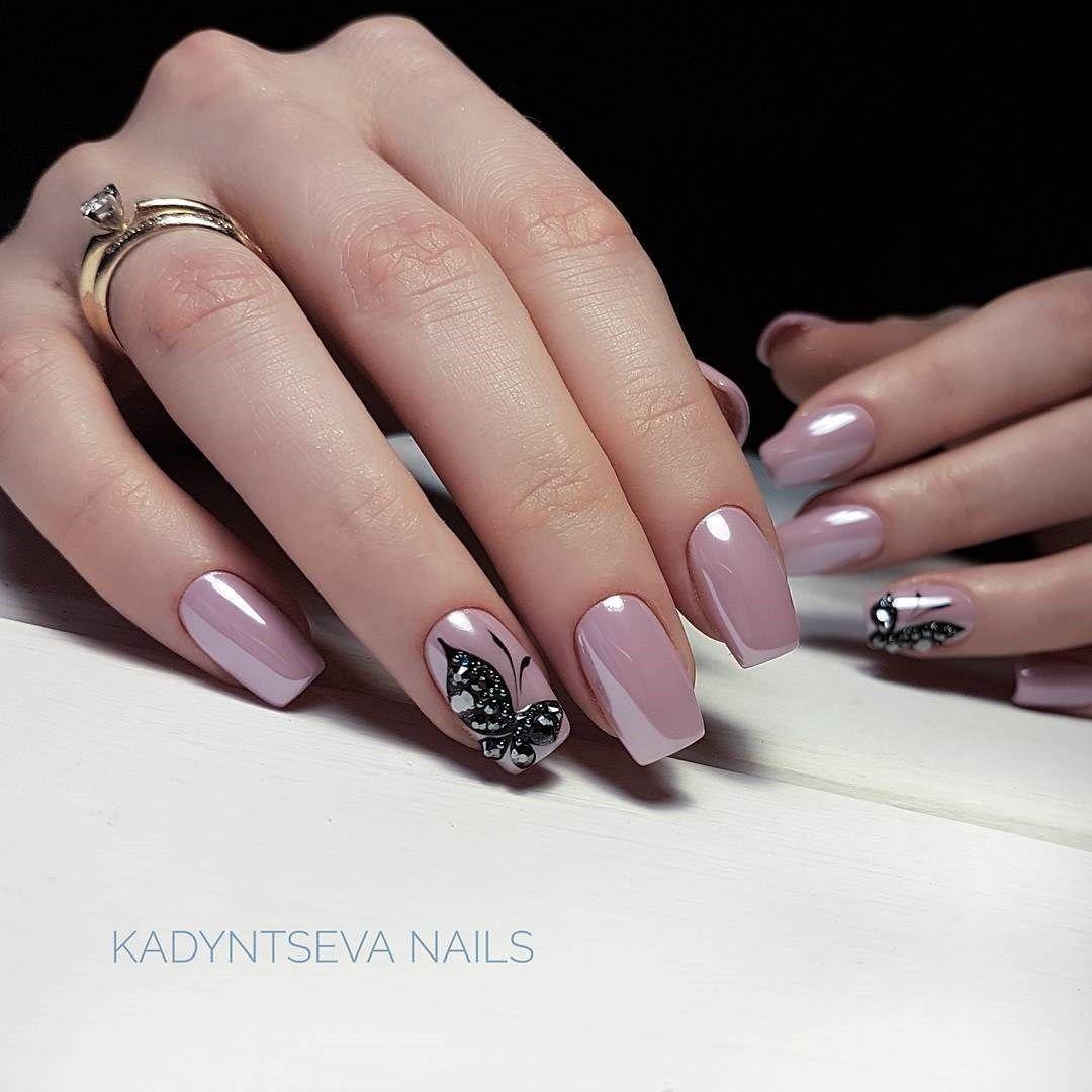 70 Winter Nail Designs With Images Gelove Nehty Design Nehtu Nehty