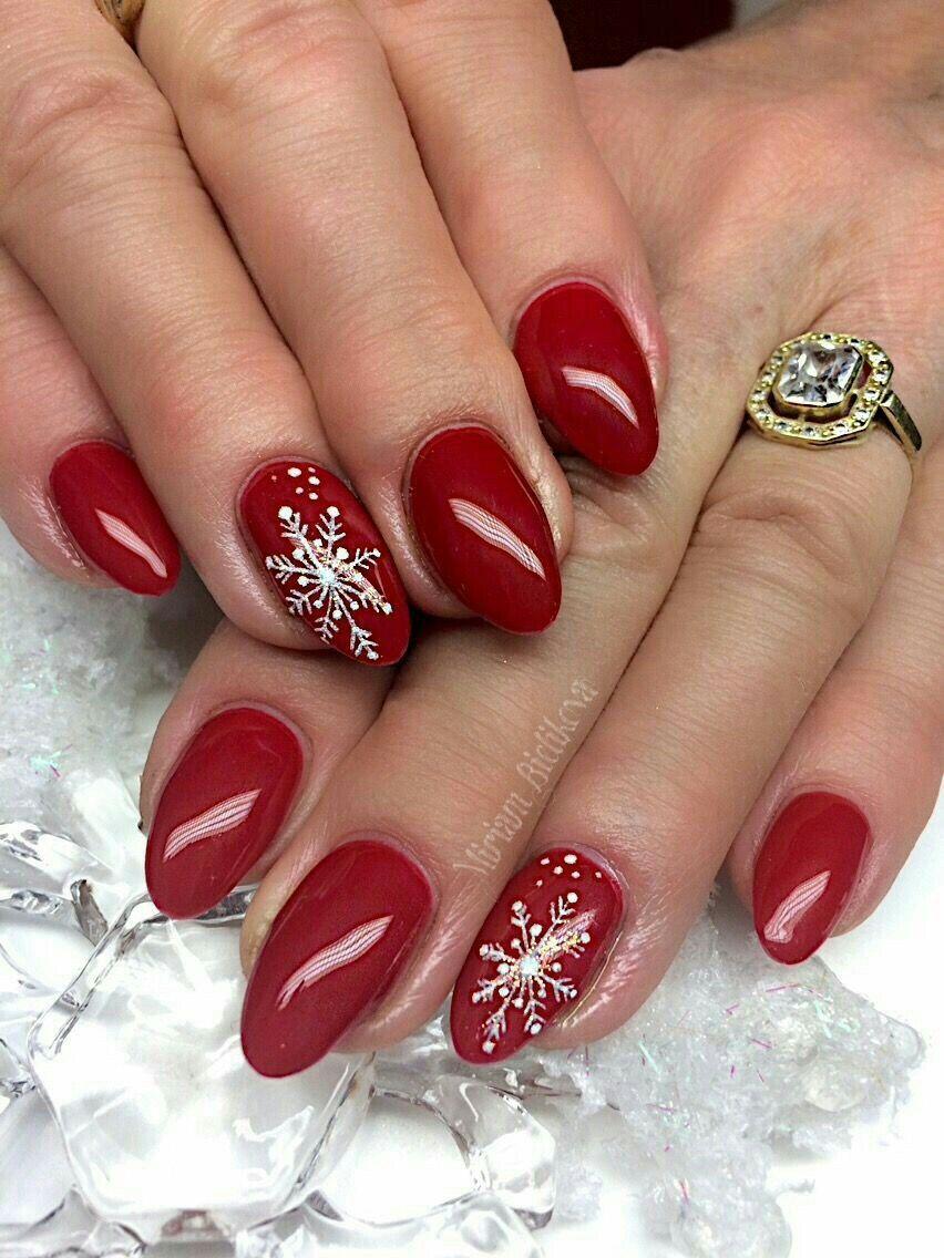 50 Beautiful Stylish And Trendy Nail Art Designs For Christmas Cervene Nehty Gelove Nehty Design Nehtu