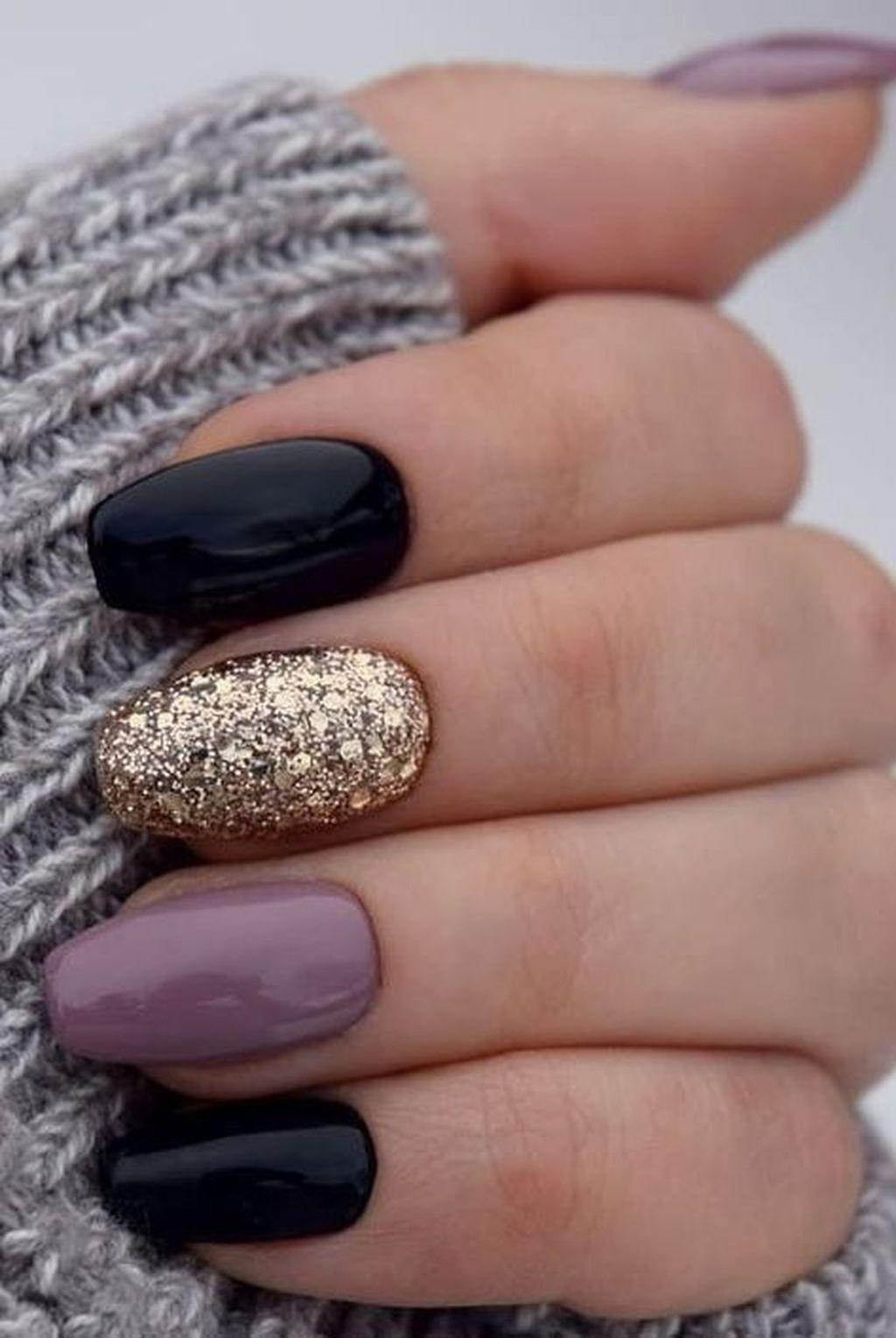 30 Amazing Winter Nails Color Ideas Trend 2019 Gelove Nehty Design Nehtu Umele Nehty