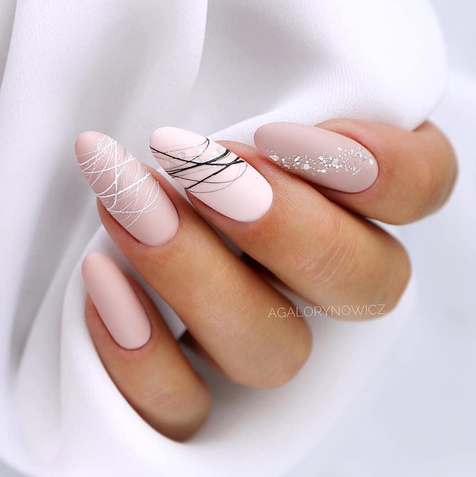 48 Winter Nails Design You Must Try In 2020 Gelove Nehty Design Nehtu Nehet