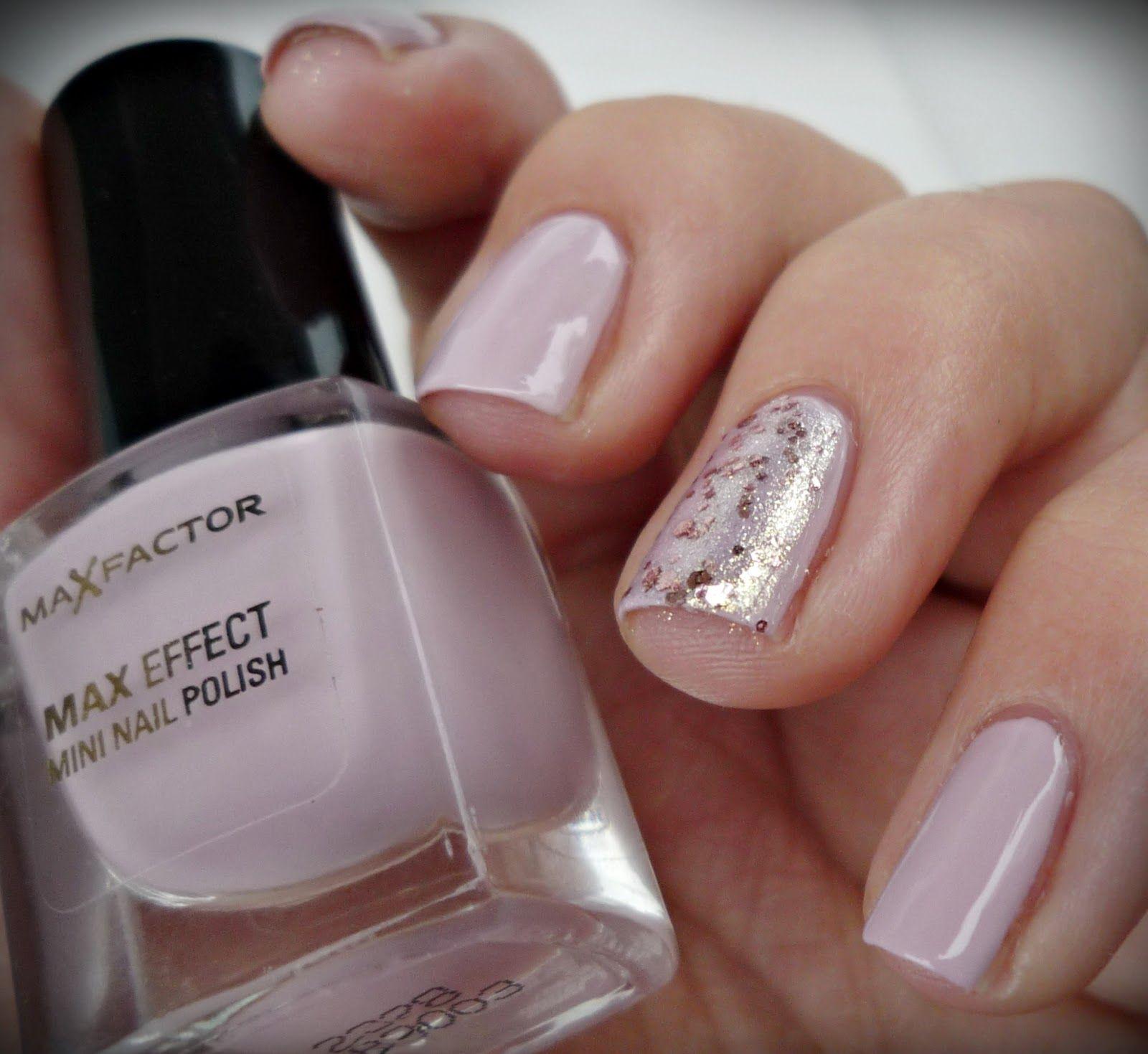 Max Factor Max Effect Mini Nail Polish 30 Chilled Lilac Maybelline Brocades C 220 Aneb Vazne Povedena Dvojka Nehet Maybelline Max Factor