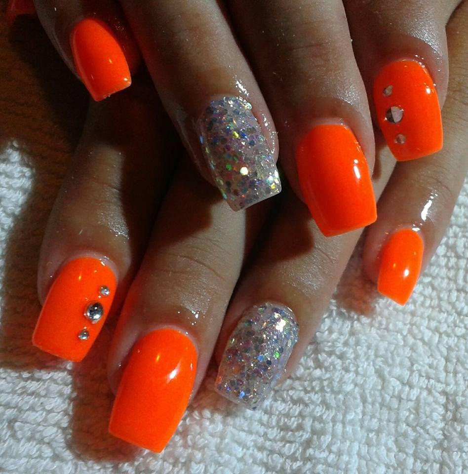 Neon Orange Nails Nehty