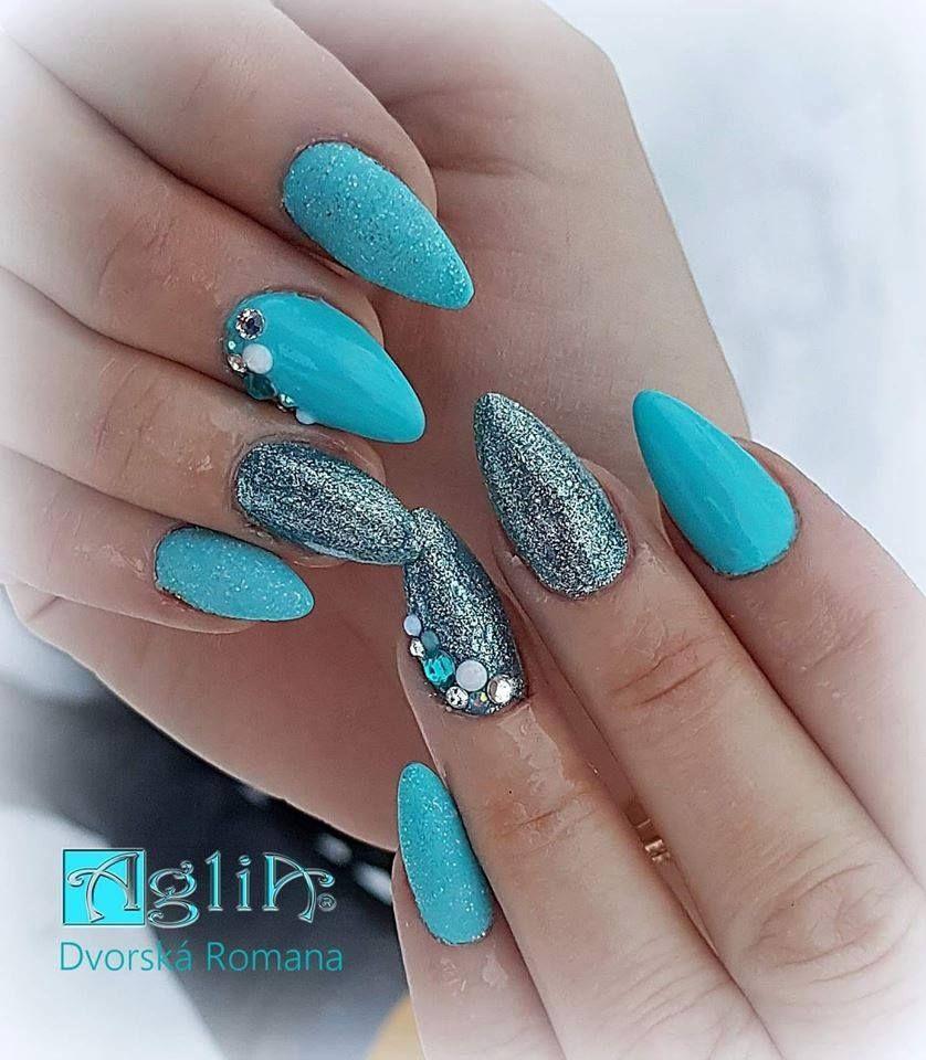 Cobalt Platinum S Forever Young Akrylova Modelaz Iris White Color Extreme Top Shine Nails Fakenails Bluenails Glitternails Winternail Modre Nehty Nehty