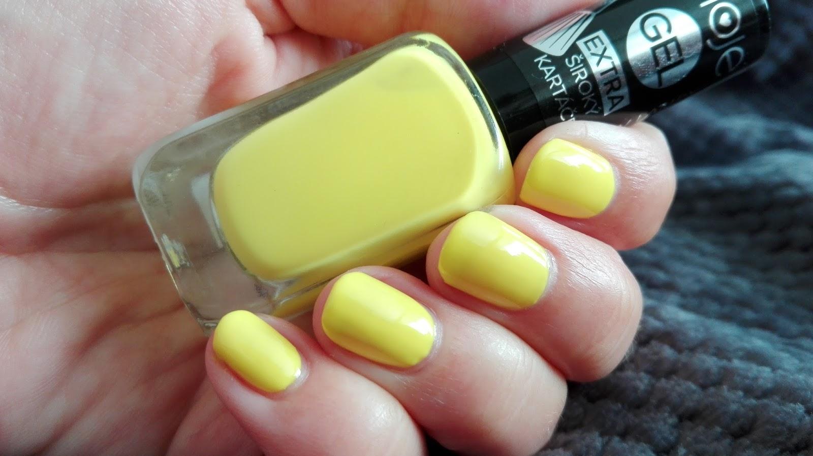 Kosmetika Moje Gelove Laky 12 13 Blogerky Cz
