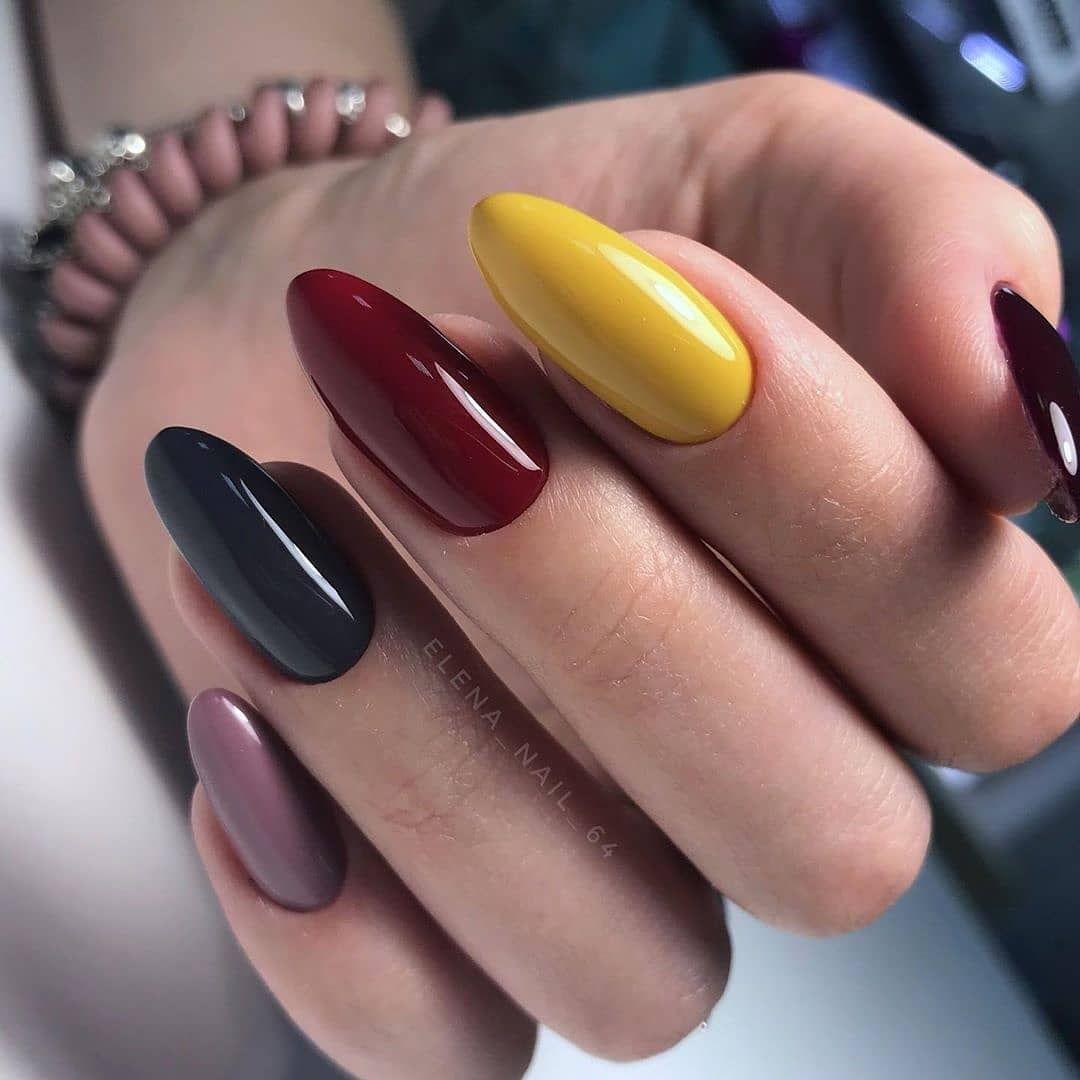 Pin By Radka Burdova On Nails In 2020 Gelove Nehty Nehty Barvy