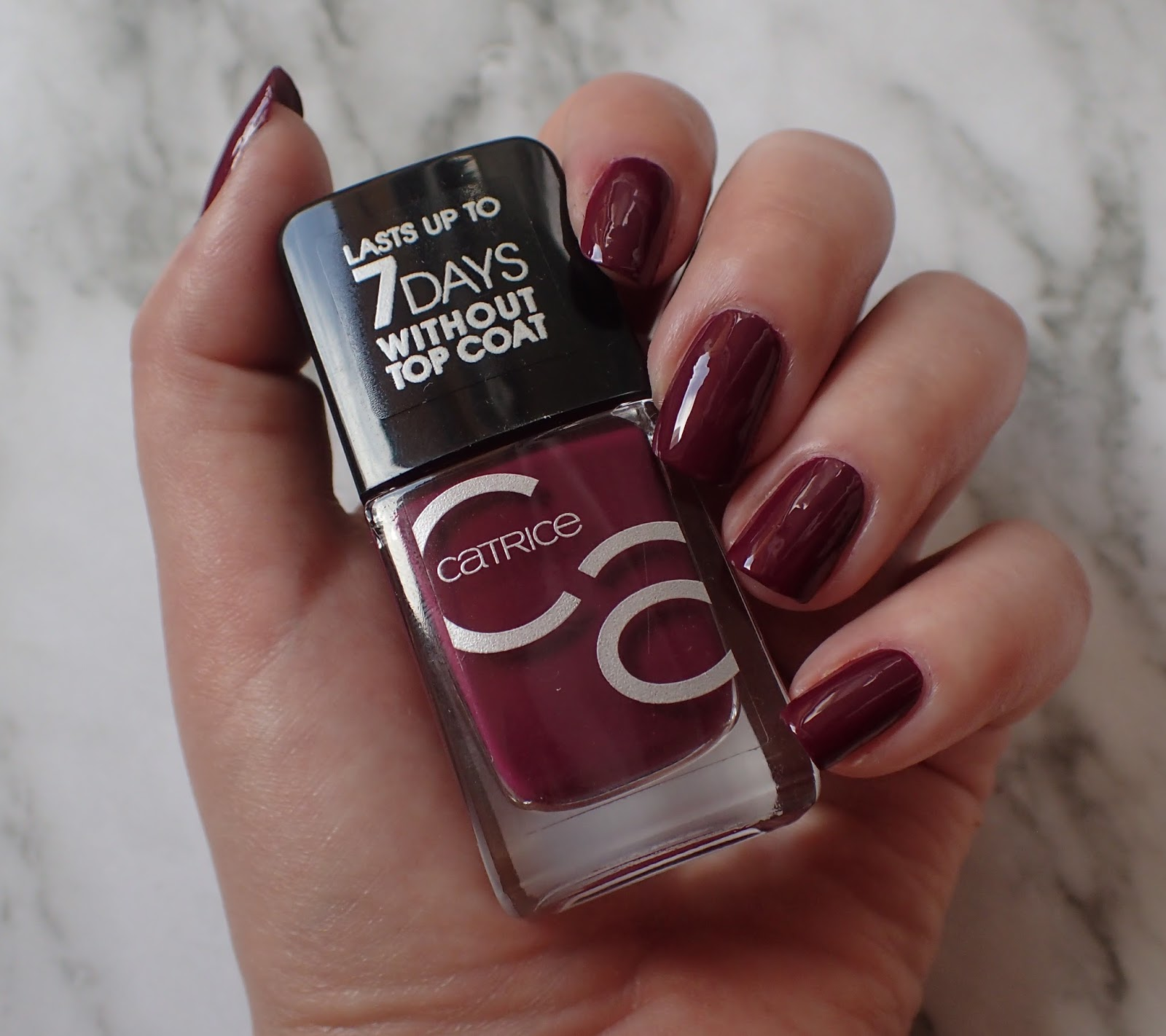 Alice In Wonderland Cz Catrice Iconails 35 It S A Berryful Day