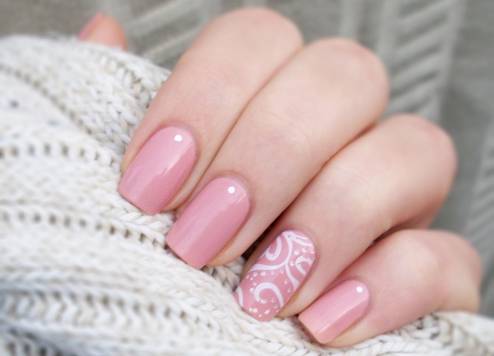 100 Napadu Klasicke Pastelove Manikury Confetissimo Blog Pro Zeny