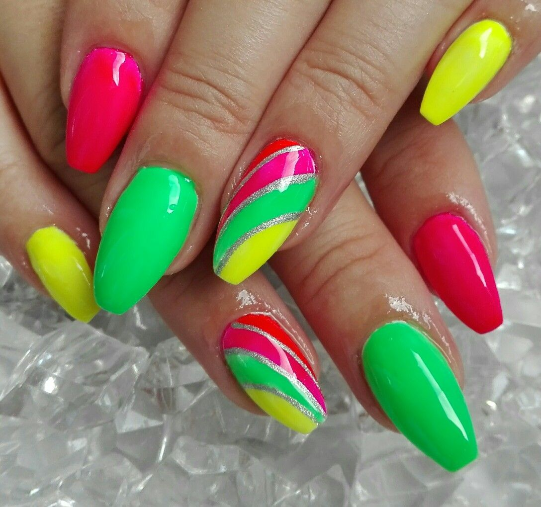 Neon Nails Nehty