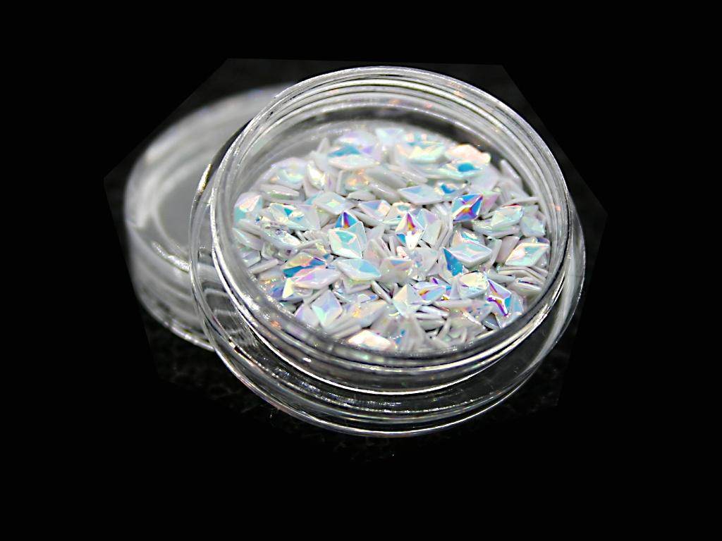 3d Ozdoby Na Nehty Diamond 02