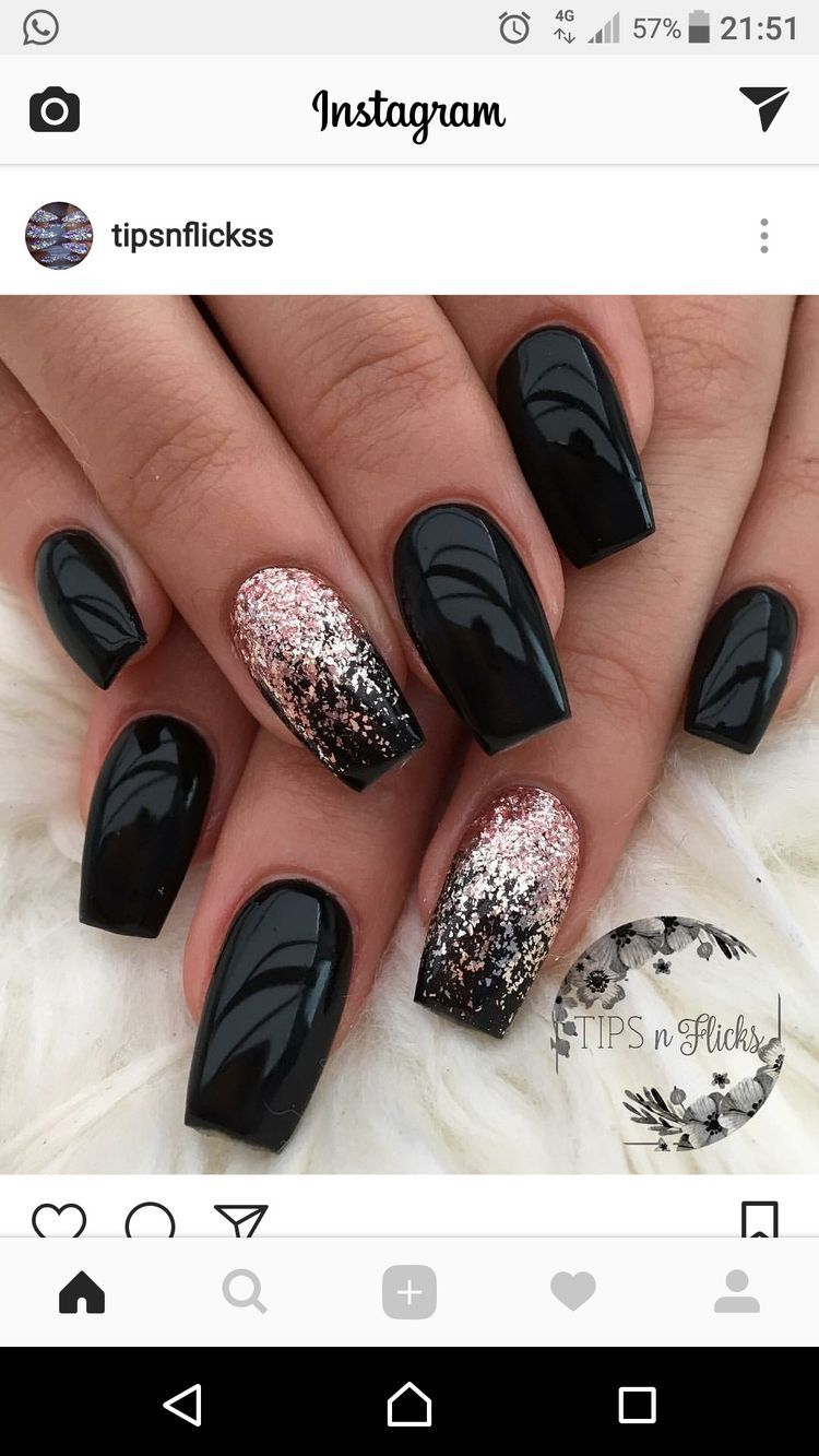 Pin By Kveta Mlezivova On Nehty Cervene Nehty Design Nehtu Nail Art