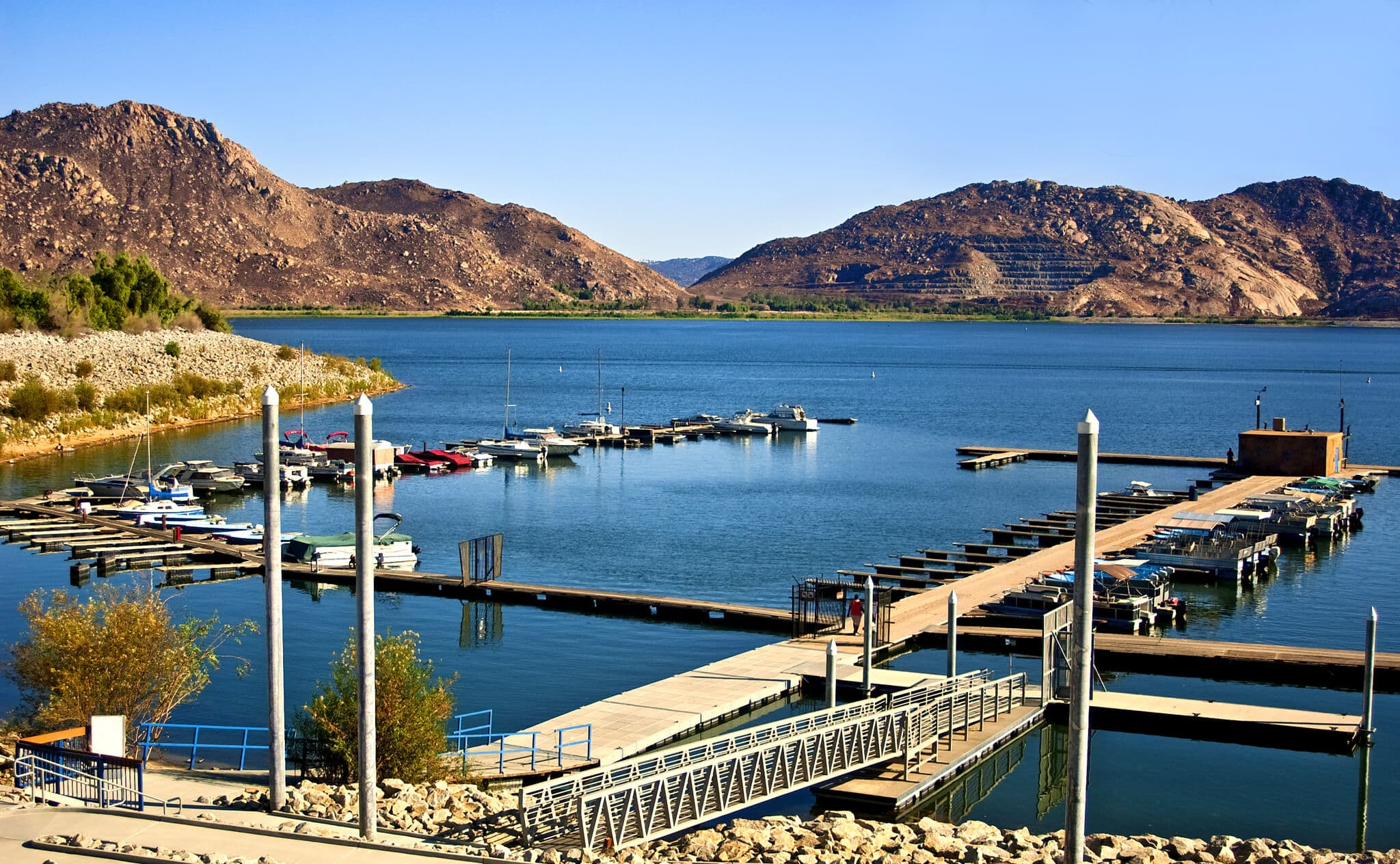 Perris Lake Fishing Guide The Outdoorsman Fishing Guides