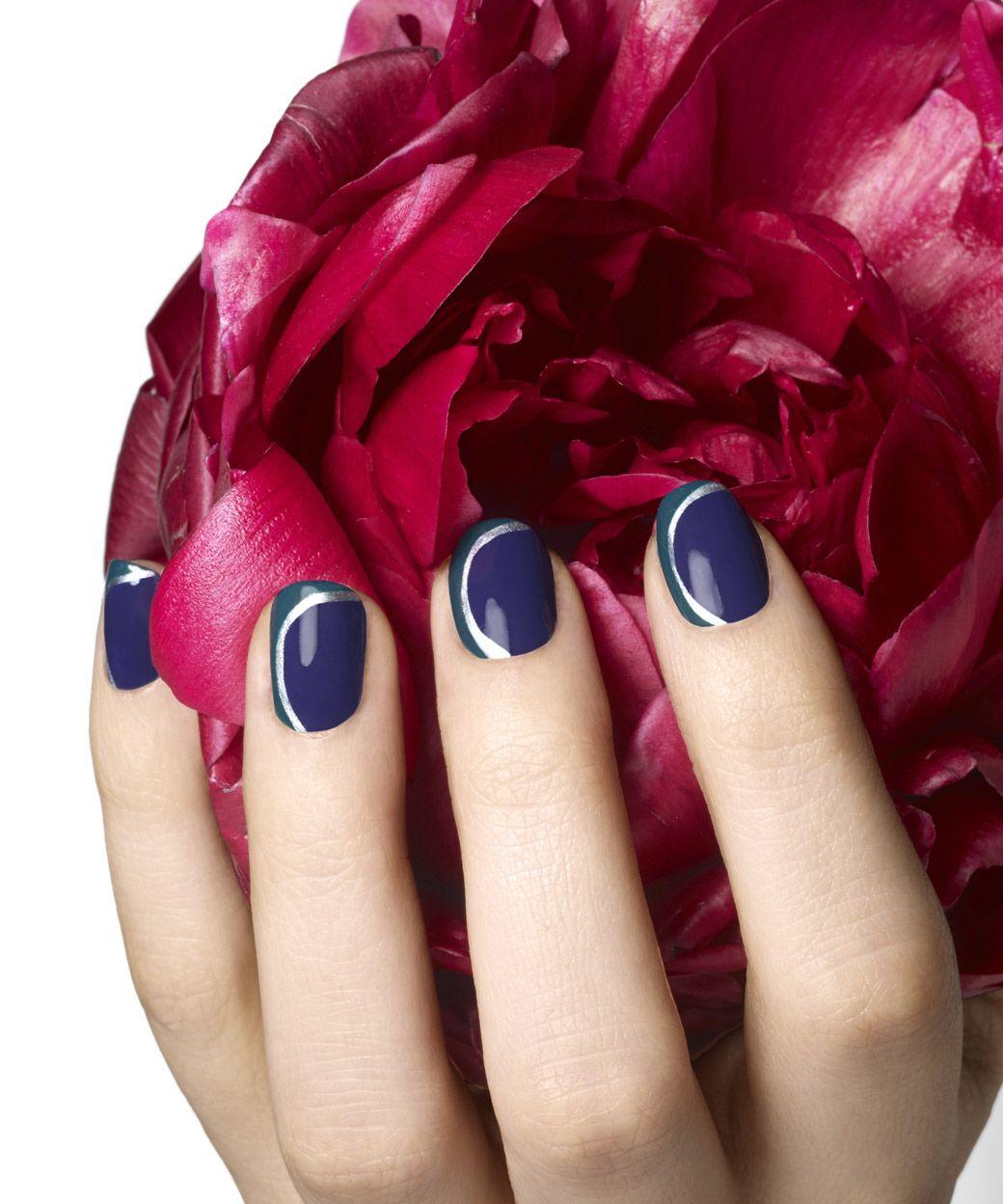 Nokti Essie Alessandro Crisnail Pn Jessica Manikir Lakovi Nega Nadogradnja Izlivanje Korekcija Salonadut Boje Leto More Nails Beauty