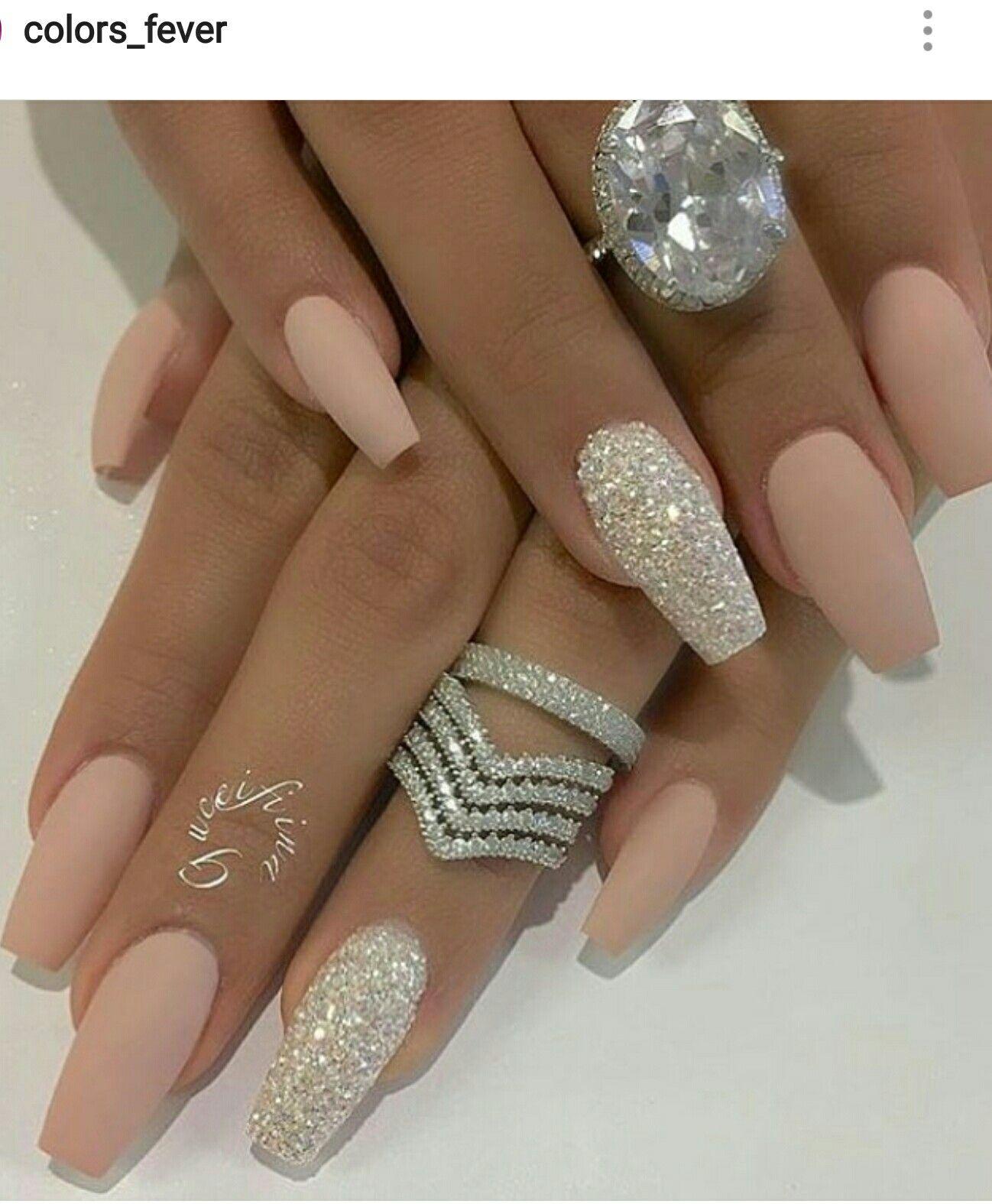 Pin By Motalinka On Jewelry Gelove Nehty Design Nehtu Umele Nehty