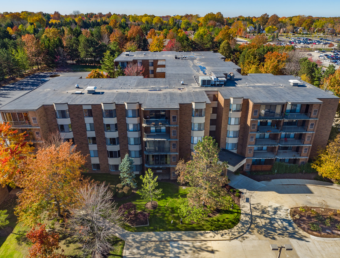 Four Seasons Apartments Beachwood Oh Apartment Finder