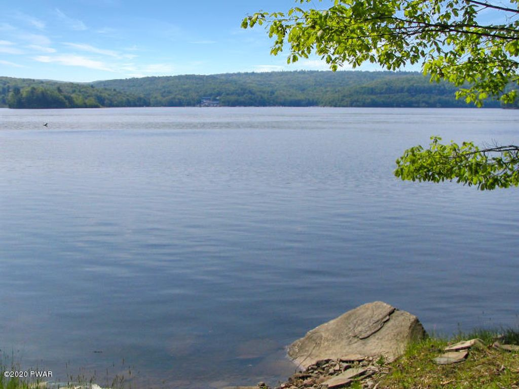 Lakefront Pa Real Estate 150 Homes For Sale Page 3 Zillow