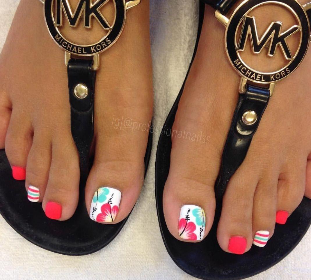 Nails Pedikura Nohy Nehty