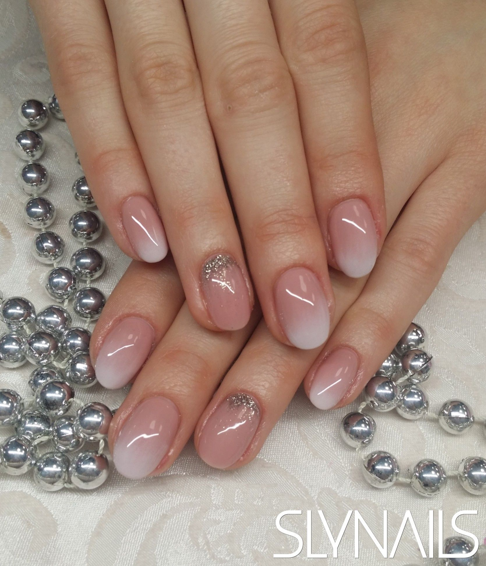 Babyboomer Gelnails Gellakk Slynails Rednails Glitternails Gel Nail Extensions Crystal Nails Nail Length