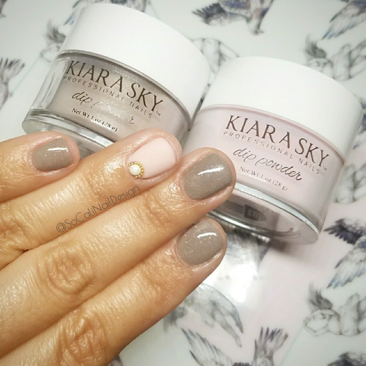 Kiara Sky Dip Powder In Colors Country Chic D512 And Petal Dust D557 With Kupa Matte Top Coat It S My Favorite Dip Powder Nails Powder Nails Dip Nail Colors