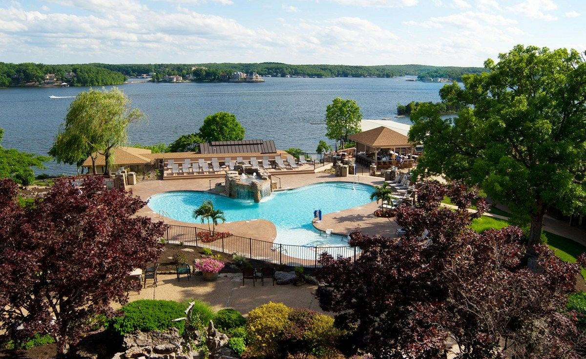Lake Of The Ozarks Resorts Lodge Of Four Seasons Mo Honeymoon Lake Ozark Lodge Resort