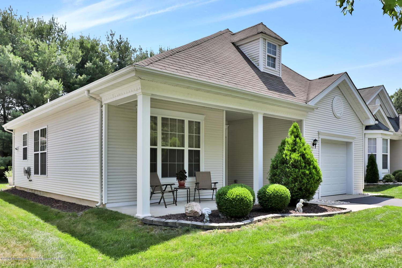 Four Seasons Lakewood Active Adult Community Homes