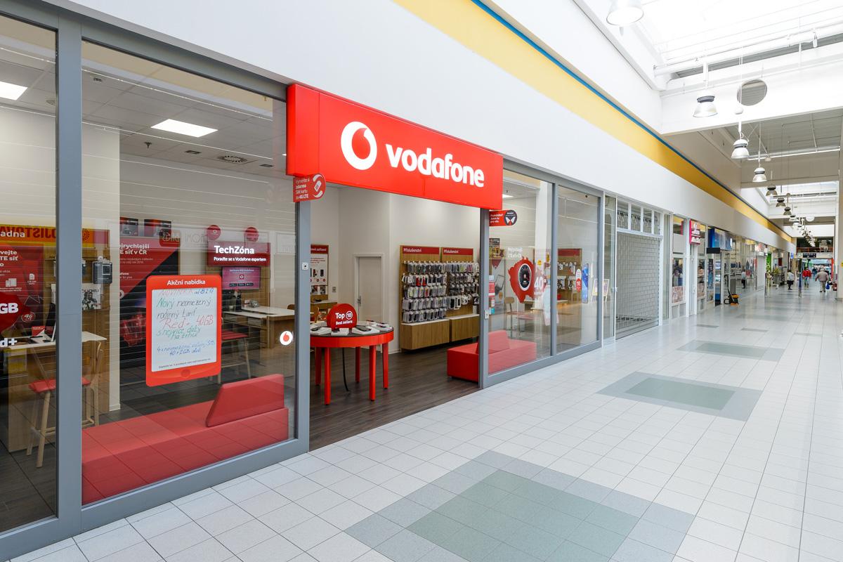 Prodejna Prostejov Hypermarket Tesco Vodafone Cz