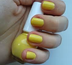 žlutý Lak Na Nehty