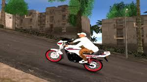 Moto El Modelazo